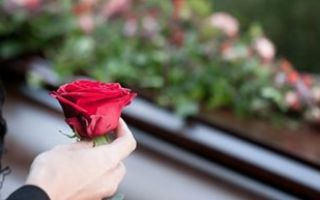 Что нельзя делать на похоронах и после, и почему?