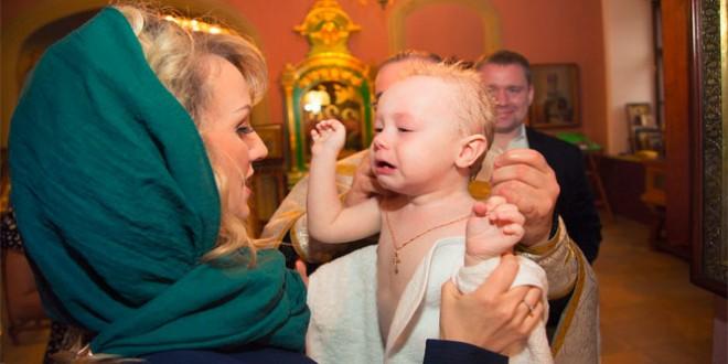 Что нужно делать крестным перед крещением ребенка
