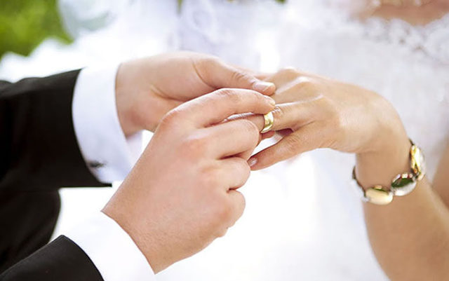 Молитва Богородице Неувядаемый Цвет о замужестве, текст