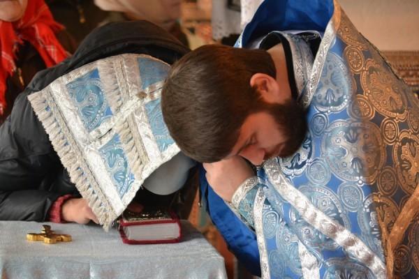 Как рассказывать свои грехи первый раз на исповеди и что нужно знать