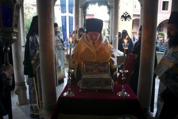 Молитва Поясу Пресвятой Богородицы: в чем помогает, чудеса исцелений