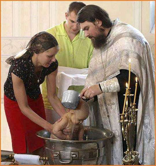 Обязанности крестной матери и отца при крещении девочки