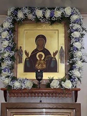 Молитва иконе «Знамение» Божьей Матери: значение, в чем помогает