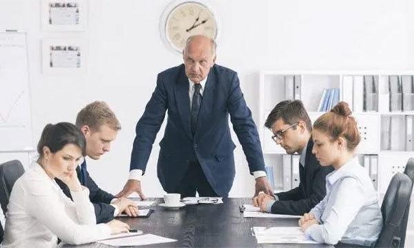 Молитва от злого начальника на работе