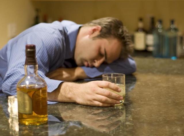 Как определить и снять порчу на пьянство и алкоголизм