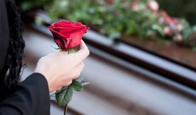 Порча на похоронах: как узнать, уберечься и снять