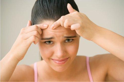 Порча на лицо: как определить и снять